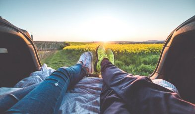 travel strengthens couple relationship