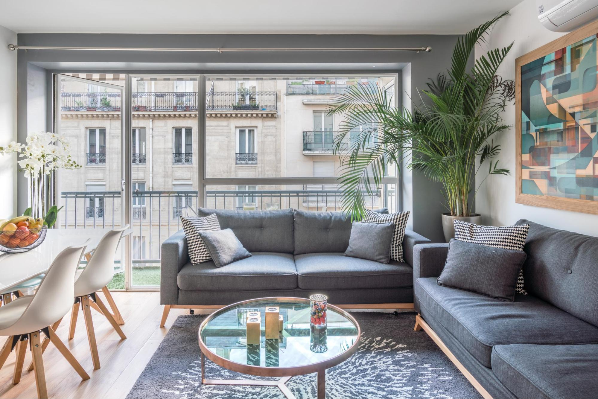 These 10 Airbnbs in Paris Will Take Your Breath Away