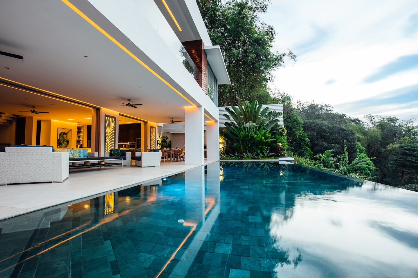 10 Cebu Airbnb Homes for a Relaxing Staycation