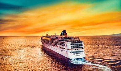 cruises to nowhere