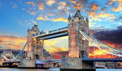 England Shortens Quarantine Period for Travellers