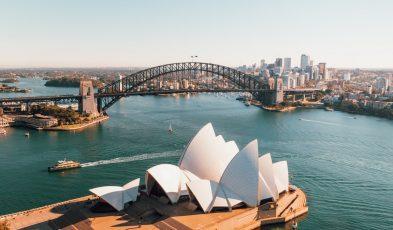 kiwi moves to australia