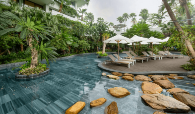 5 Amazing Staycation Deals That Are the Epitome of 'Revenge Travel'