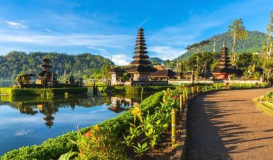 Bali reopening to vaccinated tourists